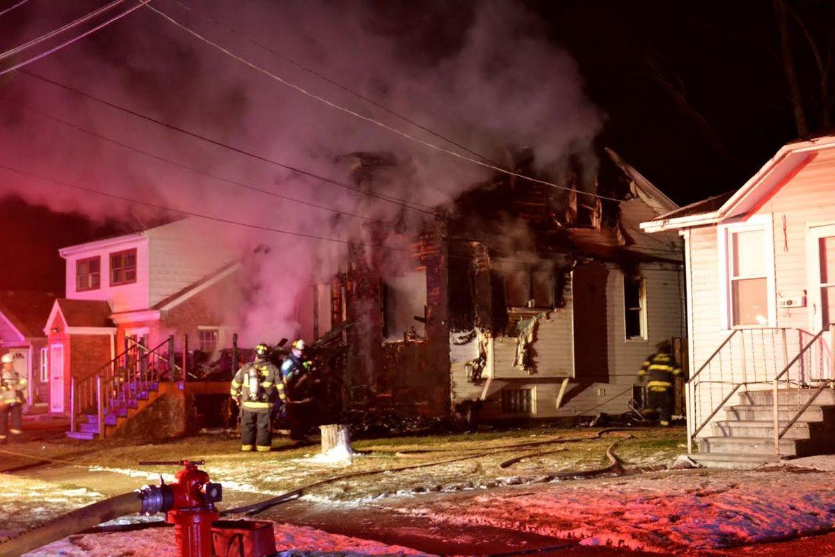 A home caught fire in the 15000 block of Riverside Drive in South Holland on March 14. Justin Jackson/Sun-Times