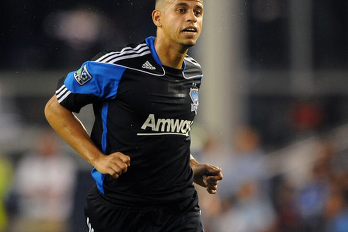 KANSAS CITY, KS - JUNE 17:  Jason Hernandez #21 of San Jose Earthquakes tracks down a loose ball against the Sporting Kansas City on June 17, 2011 at LiveStrong Sporting Park in Kansas City, Kansas. (Photo by G. Newman Lowrance/Getty Images)