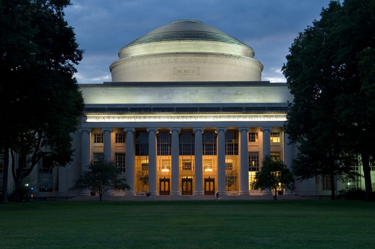 mit is investing 1 billion in an ai college