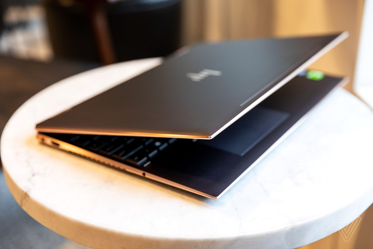HP Spectre x360 15 AMOLED review: beautiful screen