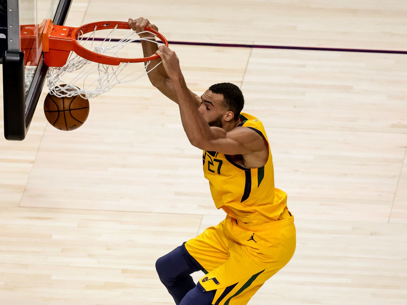 'Terrible' call on Rudy Gobert at end of Jazz-Pelicans was correct, NBA says