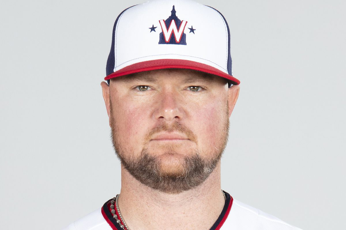 Nationals left-hander Jon Lester will have surgery to have a thyroid gland removed, manager Dave Martinez said Wednesday.