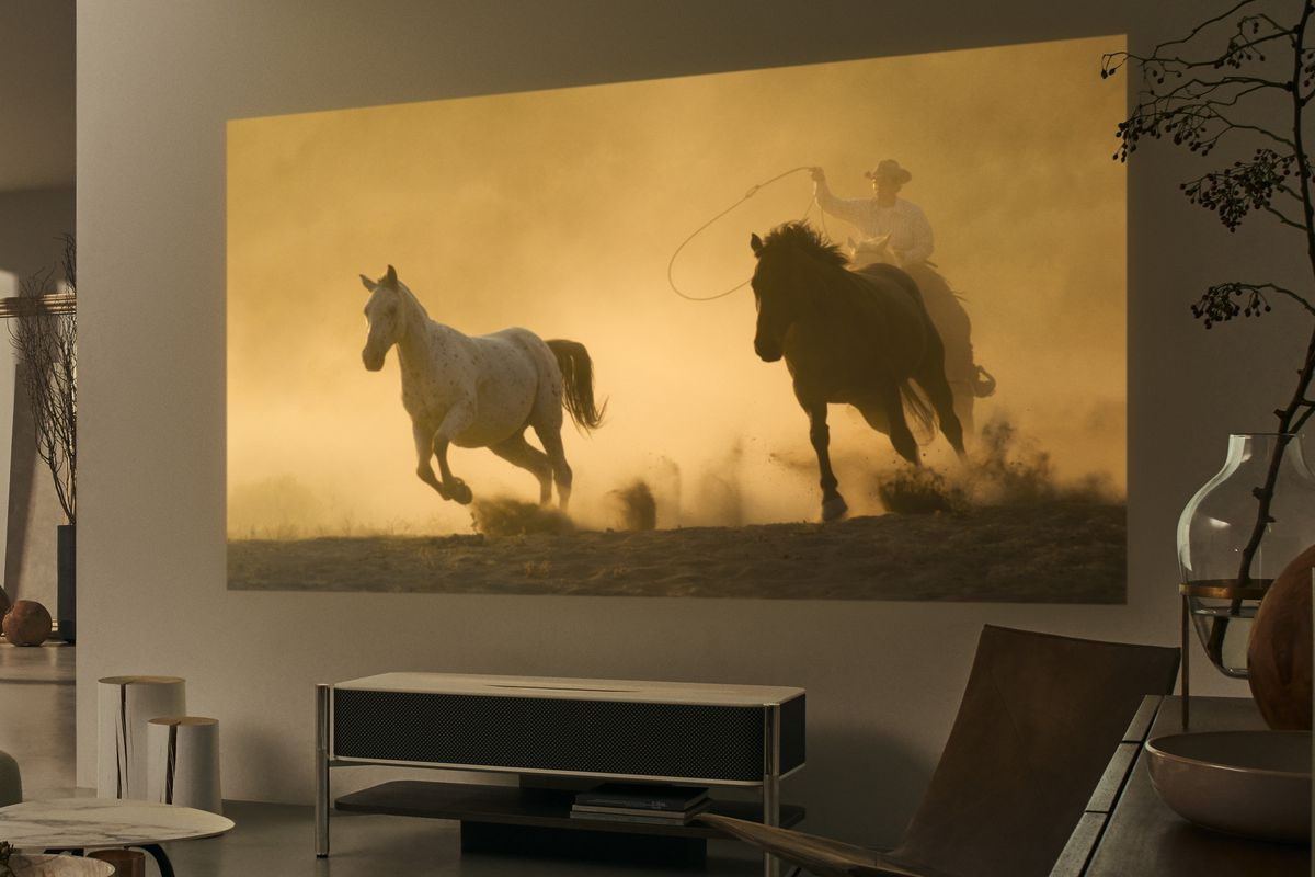 Sony's $30,000 4K projector is its crowning CES ...