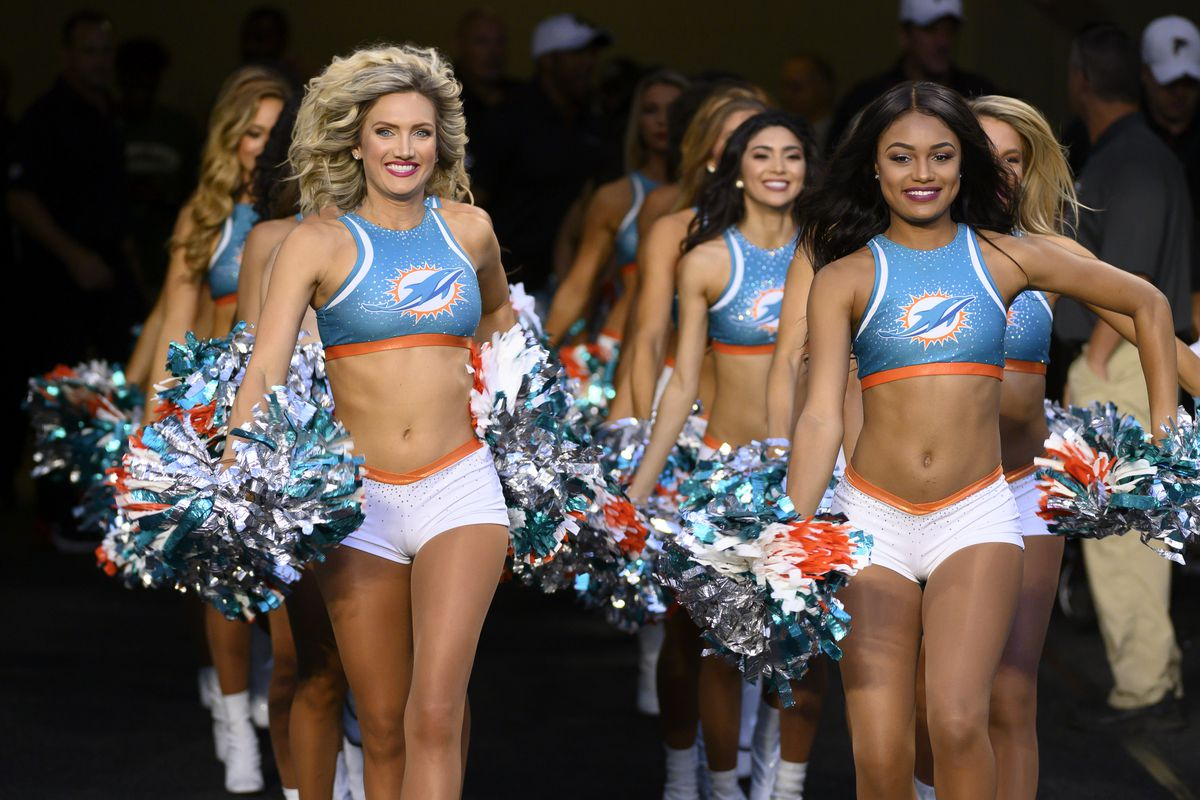 NFL: AUG 08 Preseason - Falcons at Dolphins