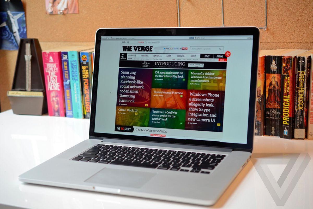 MacBook Pro with Retina display angle (1024px)