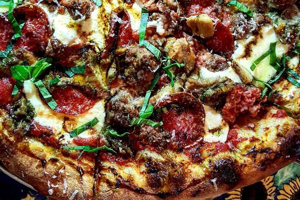 Pizza at Commune Kitchen