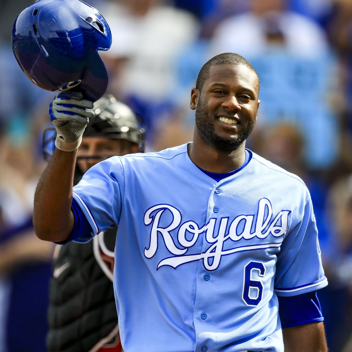 timeless design 5cec2 5910e Brewers sign Lorenzo Cain to a 5-year, $80 million deal ...