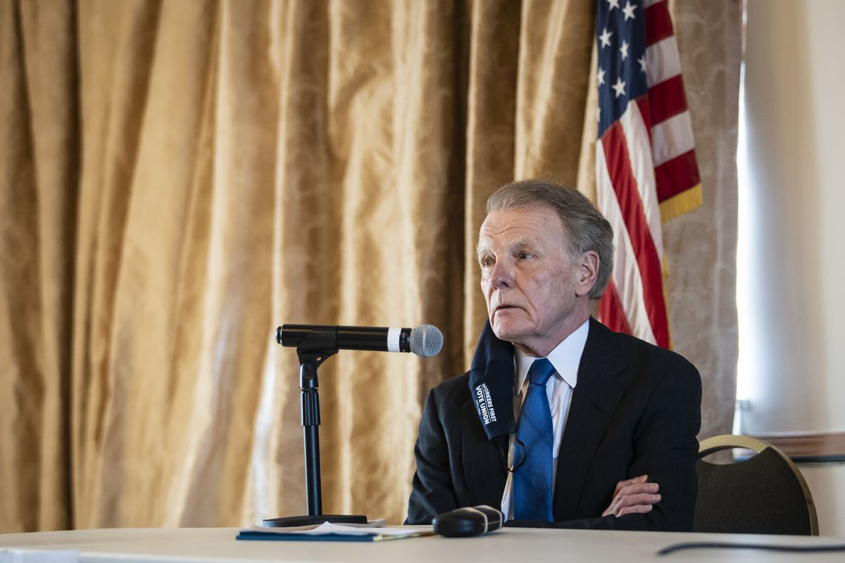 Former House Speaker Michael Madigan attends a Democratic committeepersons meeting to decide who will take over his House seat in February.
