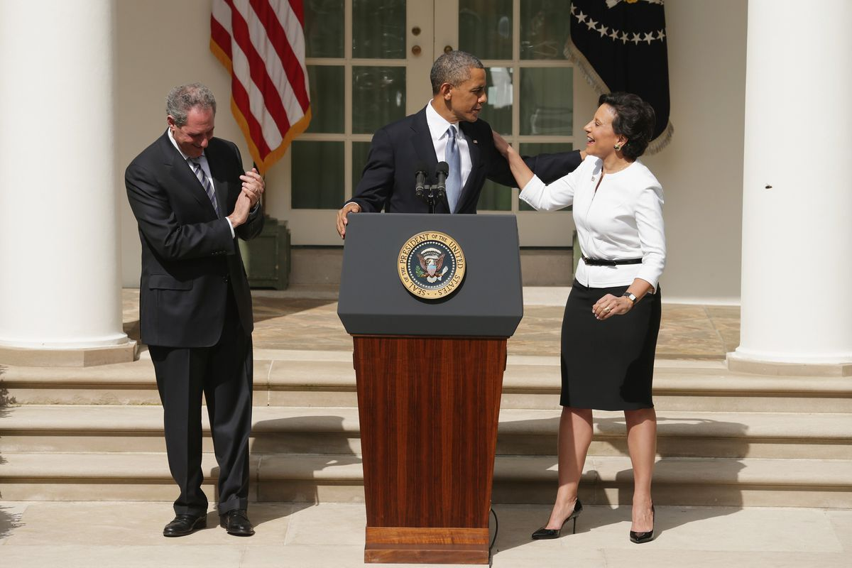 Obama with his commerce secretary and trade representative