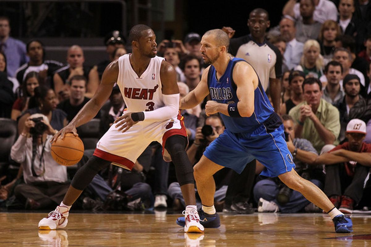 D-Wade will be a game-time decision tonight.  He's dealing with a sore knee, and I'm sure he wants to be as close to 100% as possible for Saturday's game in LA.
