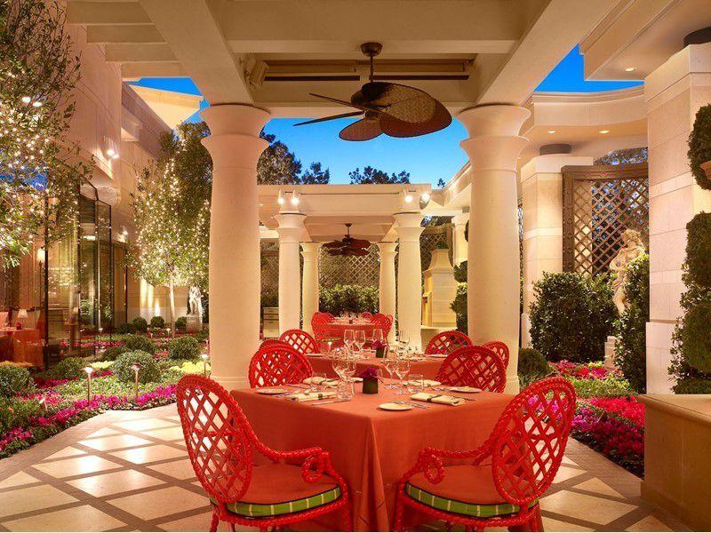 The patio at Sinatra