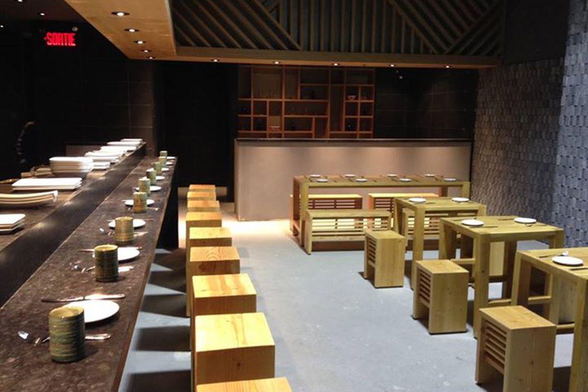 Inside Kinka Izakaya