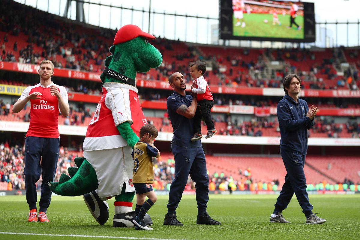 Arsenal v Aston Villa - Premier League
