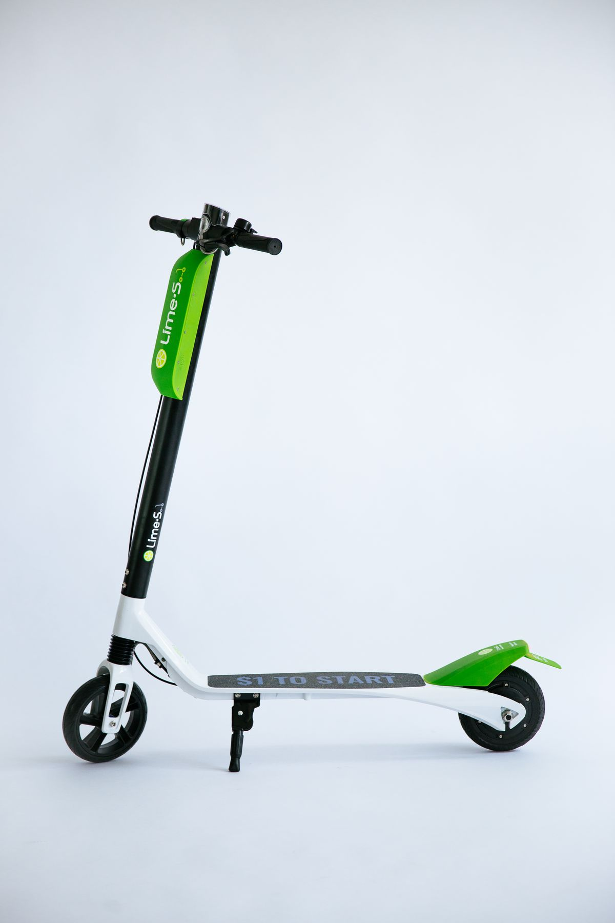Lime Squeezes Into Detroit S Scooter Share Market Curbed