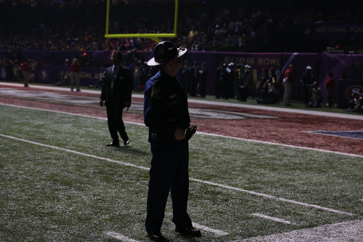 Super Bowl 47 power outage: Time of stoppage was 33:55