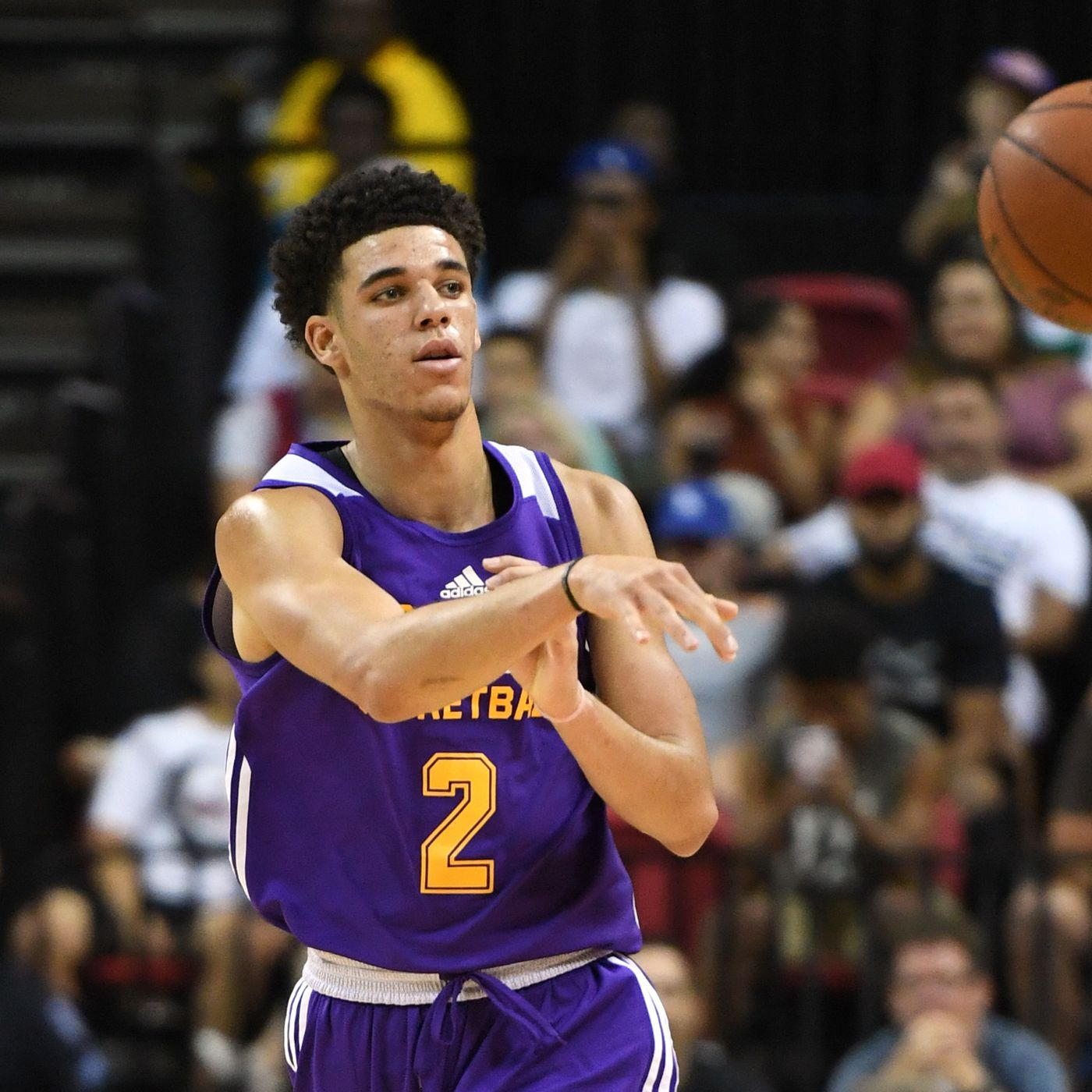 Lakers Highlights Watch Lonzo Ball Drop A Triple Double On The Cavaliers Silver Screen And Roll