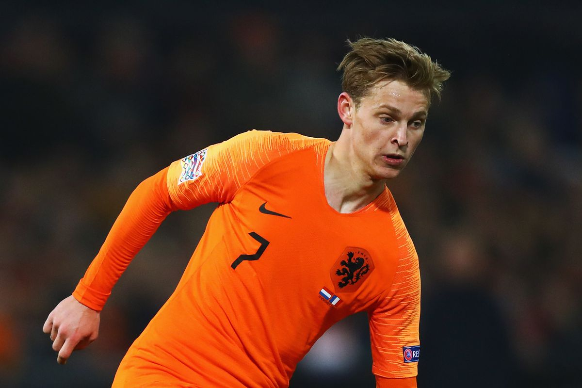 Manchester City to beat Barcelona to £61m Frenkie de Jong - report