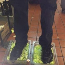 """<a href=""""http://eater.com/archives/2012/07/17/burger-king-staffer-gets-busted-by-4chan-for-gross-lettuce-photo.php"""">Burger King Employee Gets Busted by 4chan For Super-Gross Lettuce Photo</a>"""