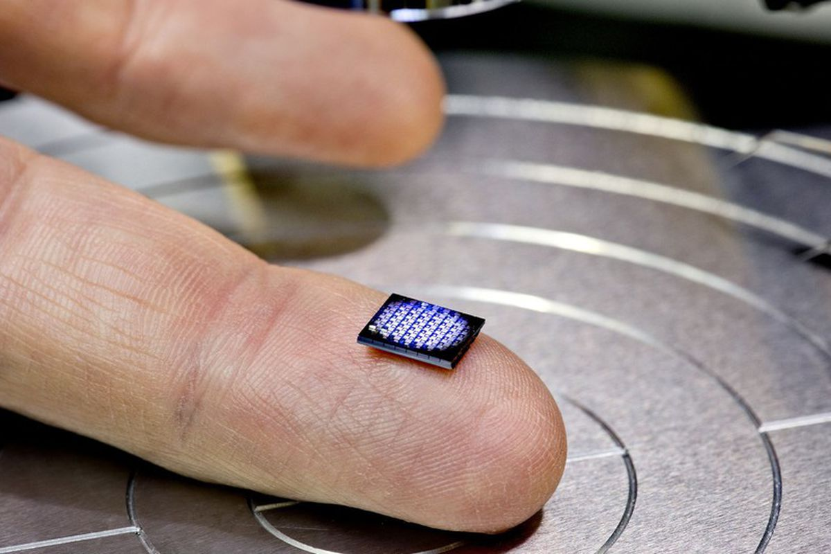 IBM just unveiled the 'world's smallest computer' - The Verge