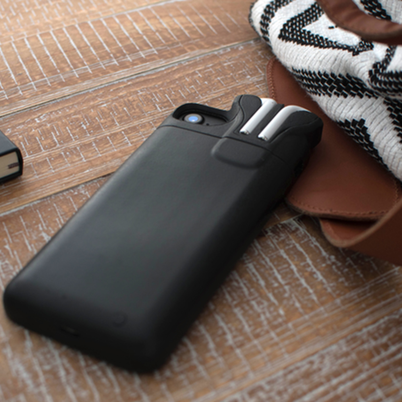 new product 373de ba465 Pebble creator made an iPhone case that can store and charge AirPods ...