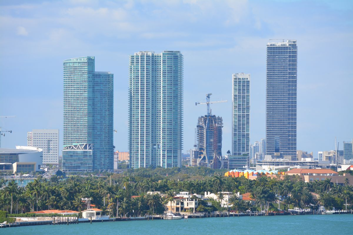 View of downtown Miami with One Thousand Museum rising in the middle