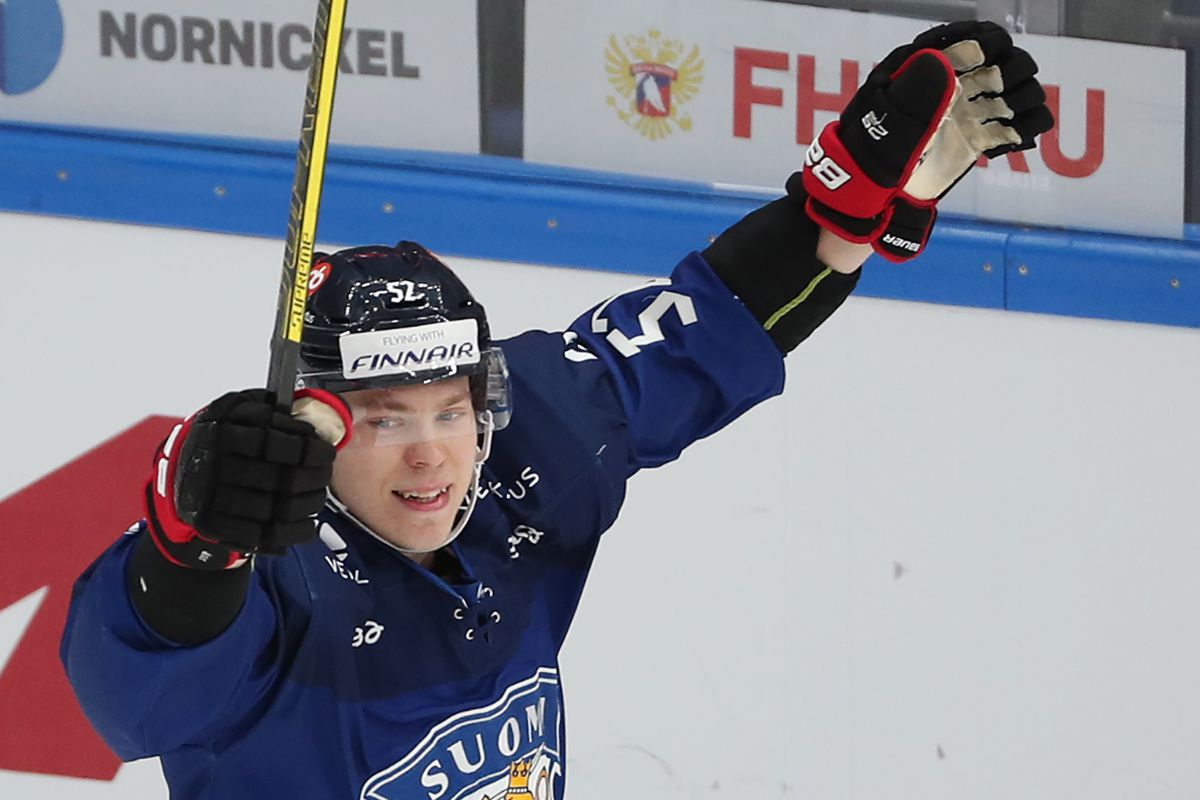 Channel One Cup: Finland 5 - 1 Sweden