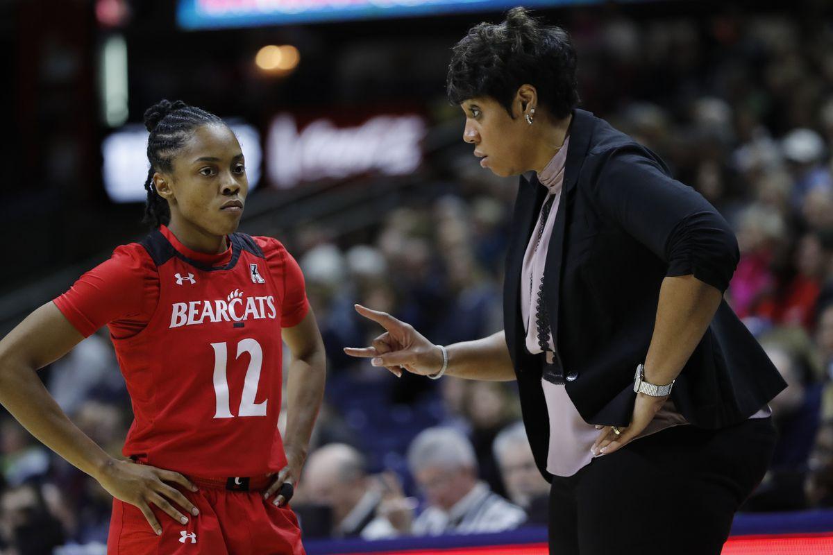 NCAA Womens Basketball: Cincinnati at Connecticut