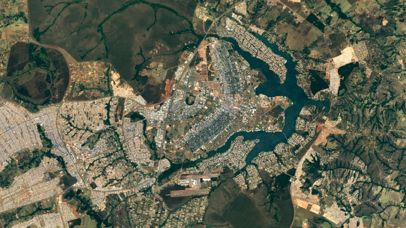 Google Updates Maps And Earth Apps With Super Sharp Satellite Imagery The  Verge Payments In Google Assistant