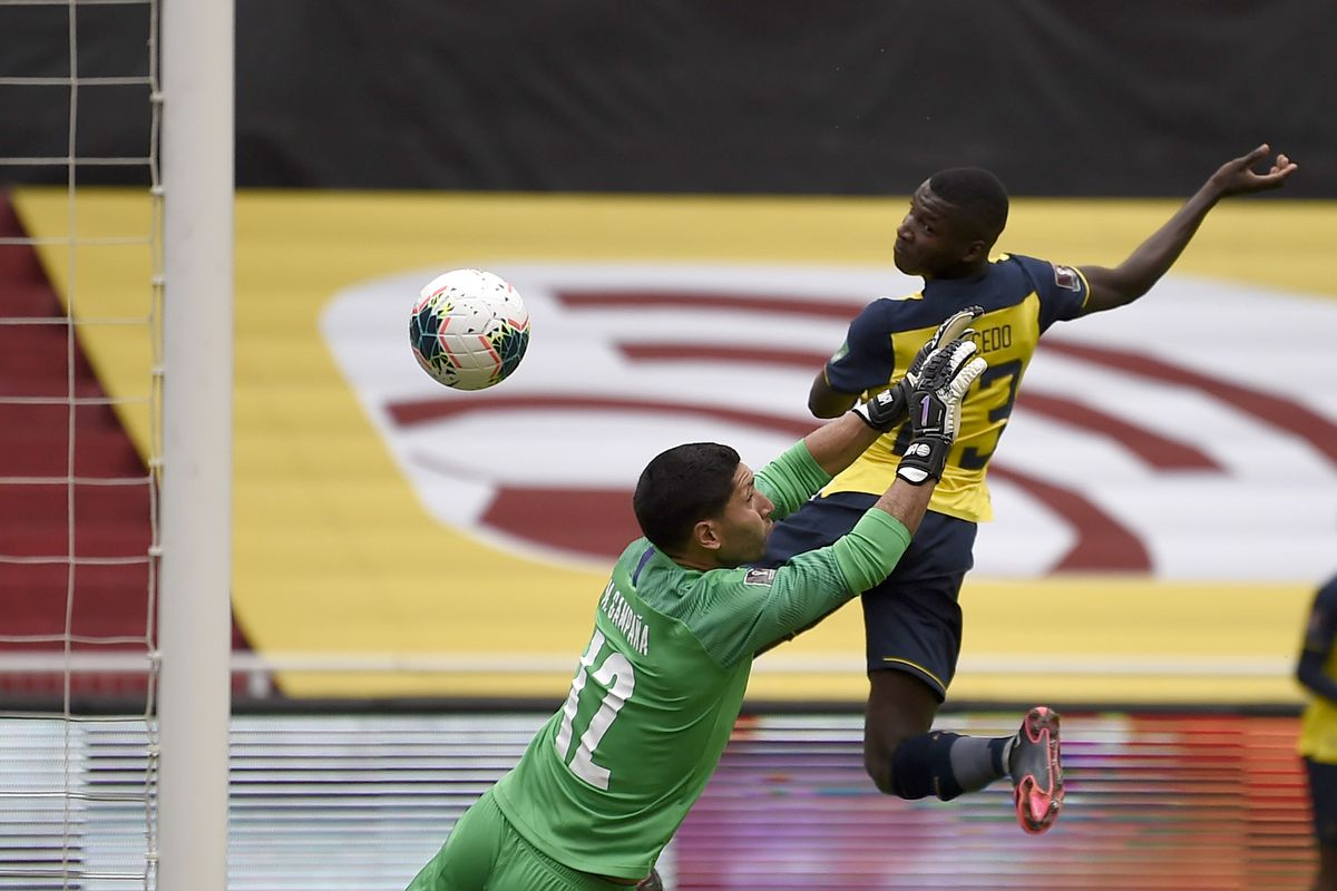 Ecuador v Uruguay - South American Qualifiers for Qatar 2022
