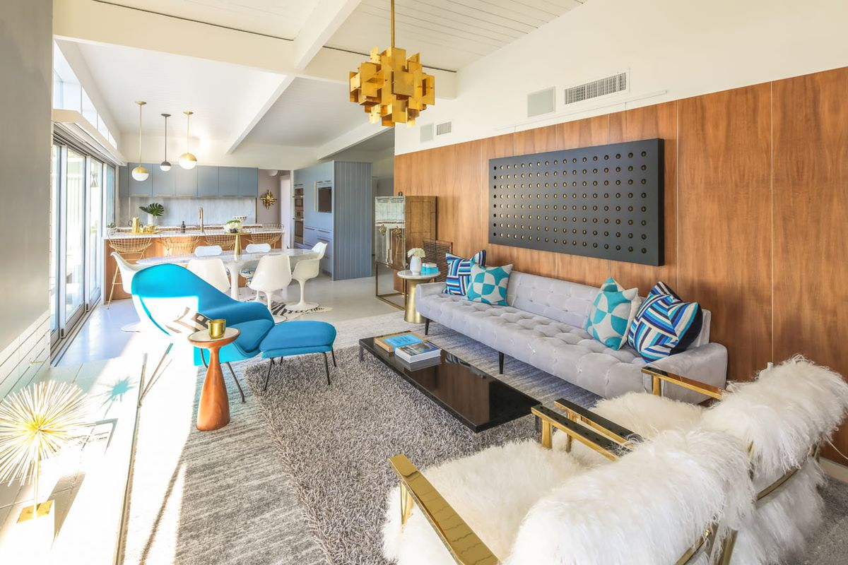 In Palm Springs Renovation A Little Color Goes A Long Way