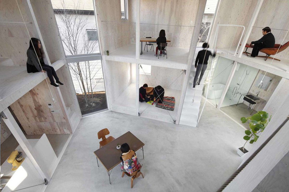 "All photos by Naomi Kurozumi Architectural Photographic Office via <a href=""http://inhabitat.com/yamazaki-kentaros-house-in-kashiwa-showcases-the-art-of-leaving-things-unfinished/"">Inhabitat</a>"