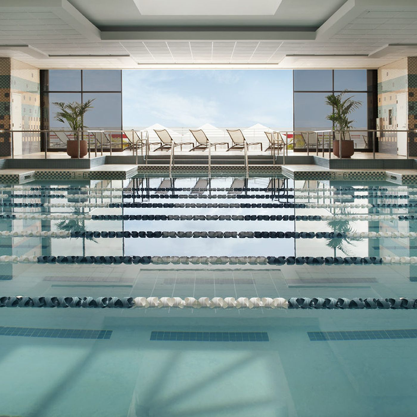 From Equinox to YMCA, LA's Best Chain Gyms For Every Budget