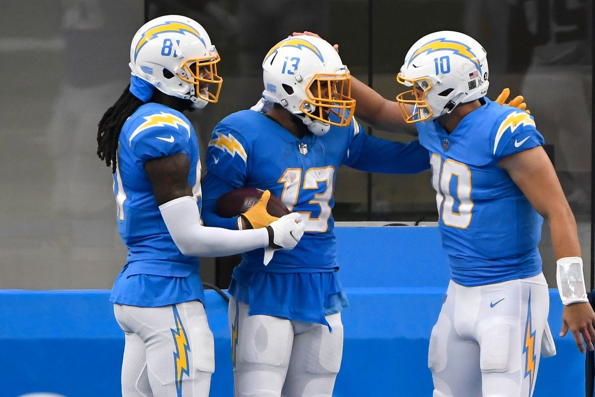 Keenan Allen, Mike Williams Fantasy football start/sit advice: What to do  with the Chargers WRs in Week 12 - DraftKings Nation