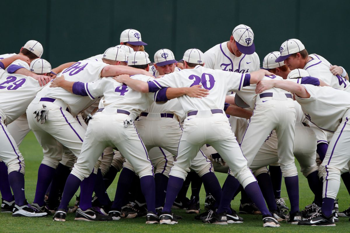 """TCU getting pumped for the #Final19 <a href=""""http://keithr.zenfolio.com/f585179326"""" target=""""new"""">(PHOTO BY KEITH ROBINSON)</a>"""