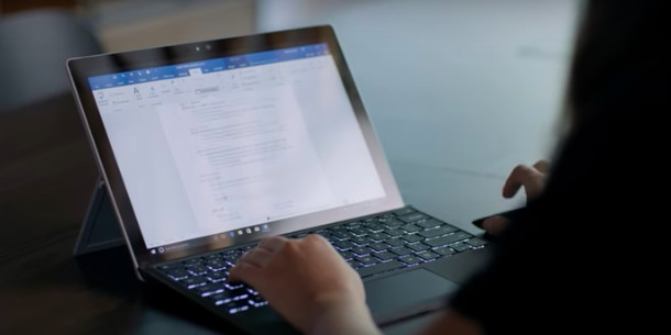 Microsoft launches its LinkedIn-powered Resume Assistant to Office ...