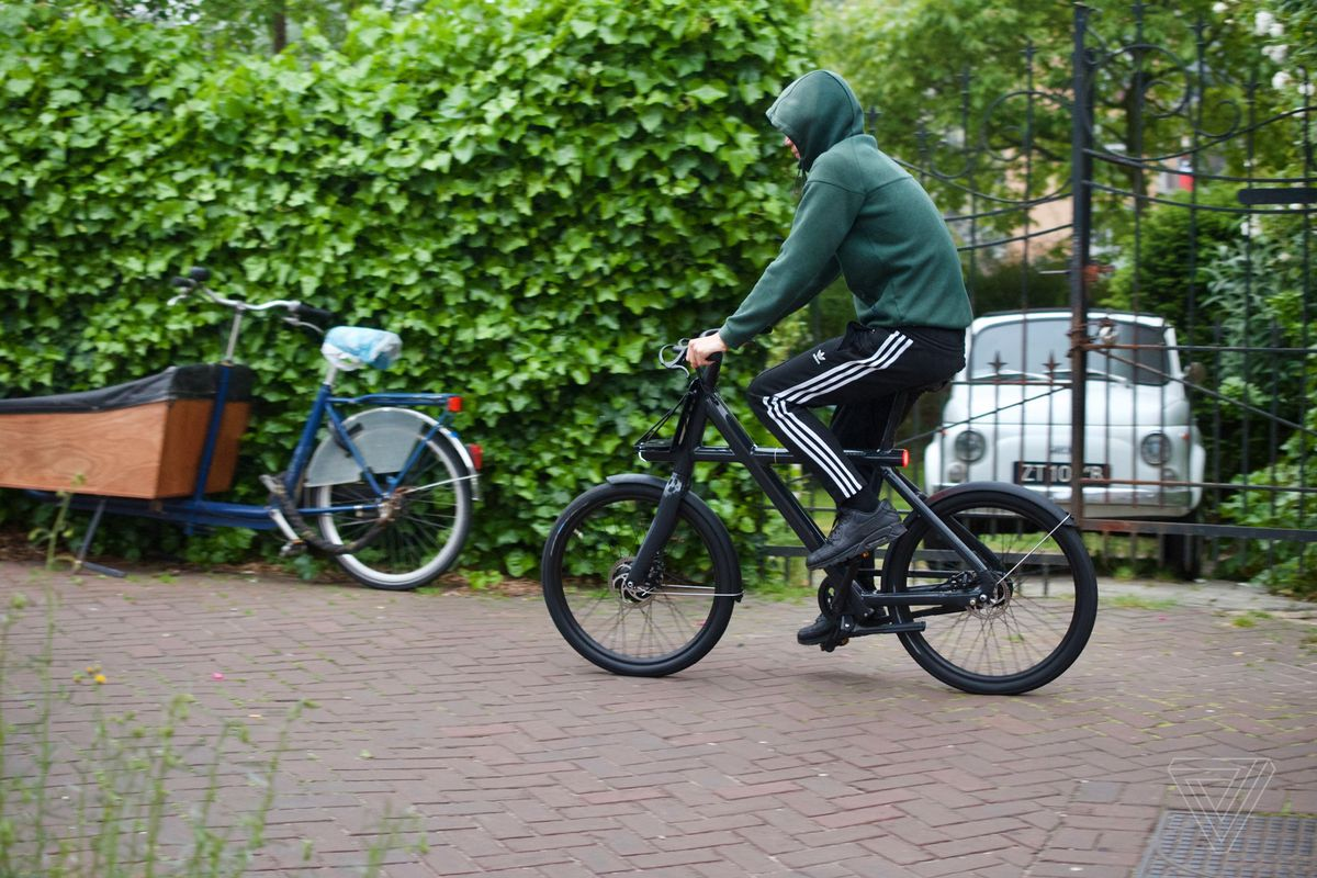 34cff9d22700 VanMoof Electrified X2 e-bike review  a shareable obsession