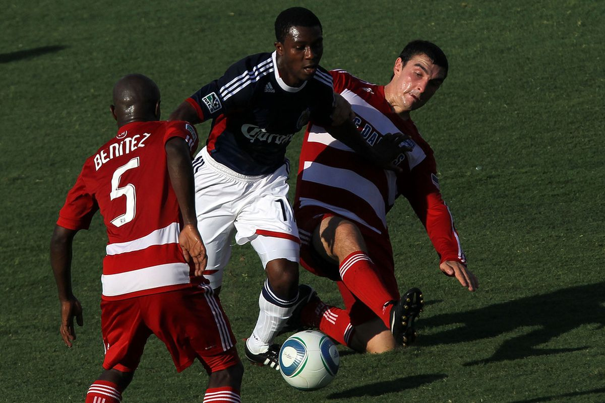 FRISCO, TX - JULY 31:  Michael Lahoud #11 of the Chivas USA dribbles the ball against Bobby Warshaw #16 and Jair Benitez #5 of the FC Dallas at Pizza Hut Park on July 31, 2011 in Frisco, Texas.  (Photo by Ronald Martinez/Getty Images)