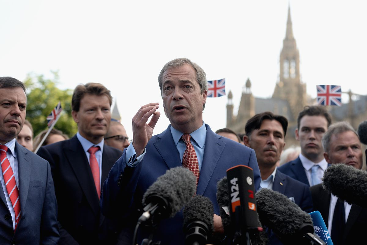 Leader of UKIP and Vote Leave campaign Nigel Farage speaks to the media at College Green, Westminster.