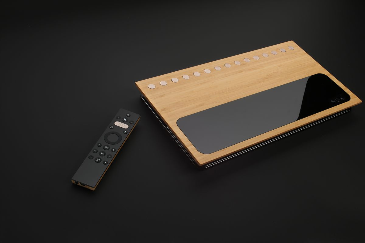 the caavo box