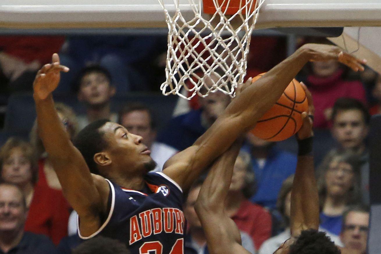 NCAA Basketball: Auburn at Dayton