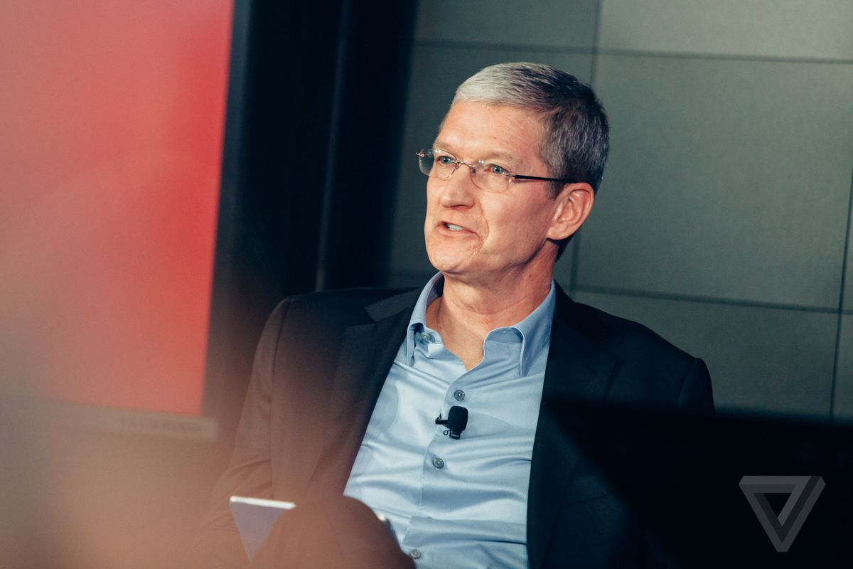 Apple's Cook takes on Russia's influence, tax reform on NBC