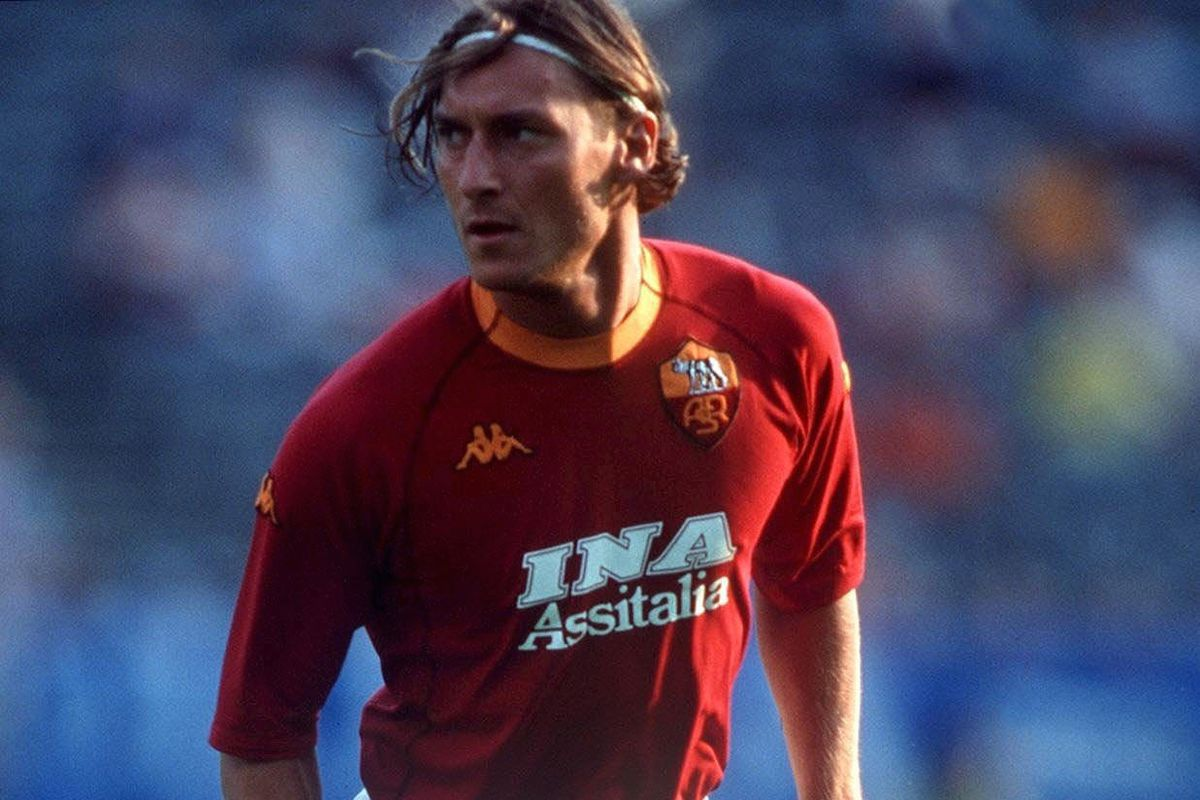 Marking Francesco Totti S 23 Years On The Pitch Chiesa