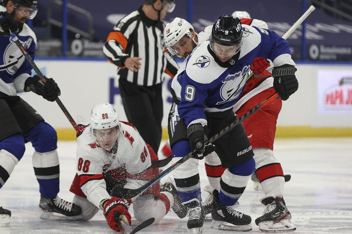 NHL: FEB 25 Hurricanes at Lightning