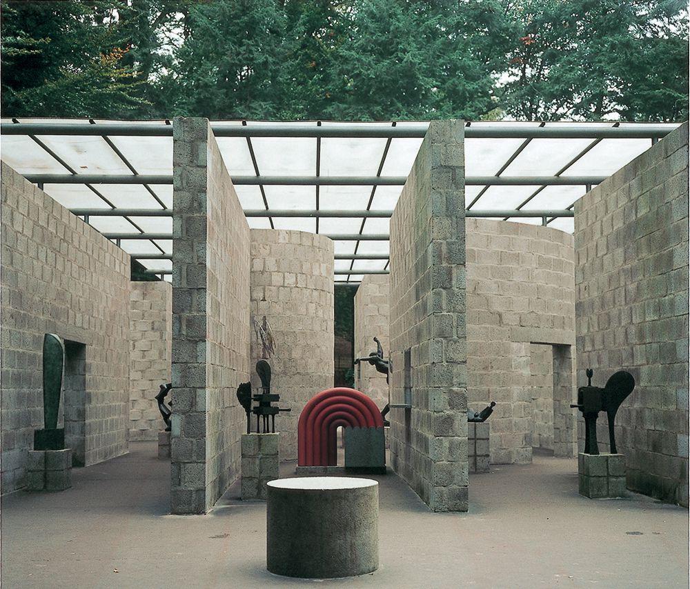 Sculpture Pavilion, Sonsbeek Exhibition, Arnhem (1965–66)