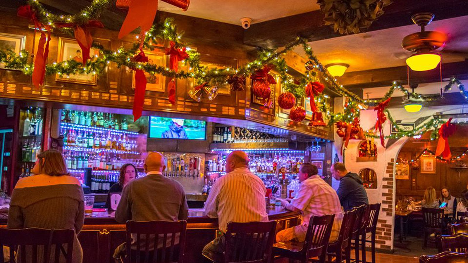 Where to dine and drink on christmas eve day in houston for What restaurants are open on christmas eve
