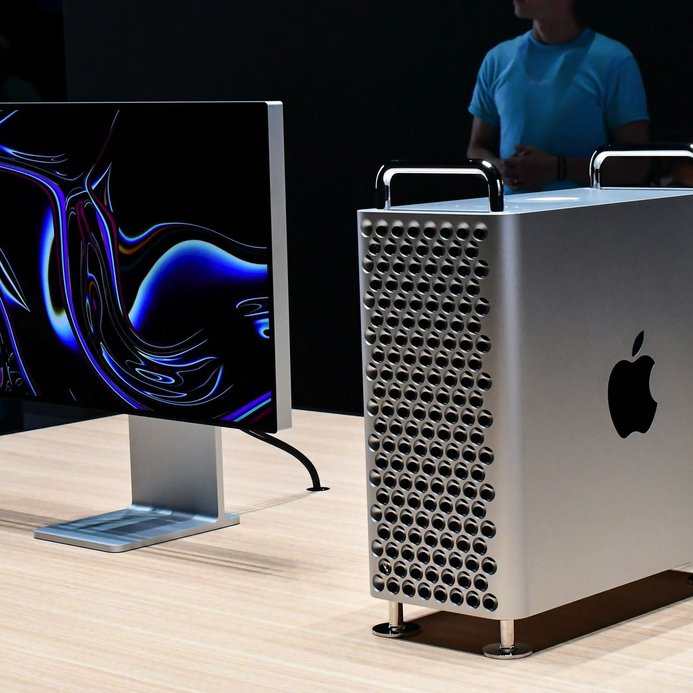 Here S What Creatives Think Of The New Mac Pro The Verge