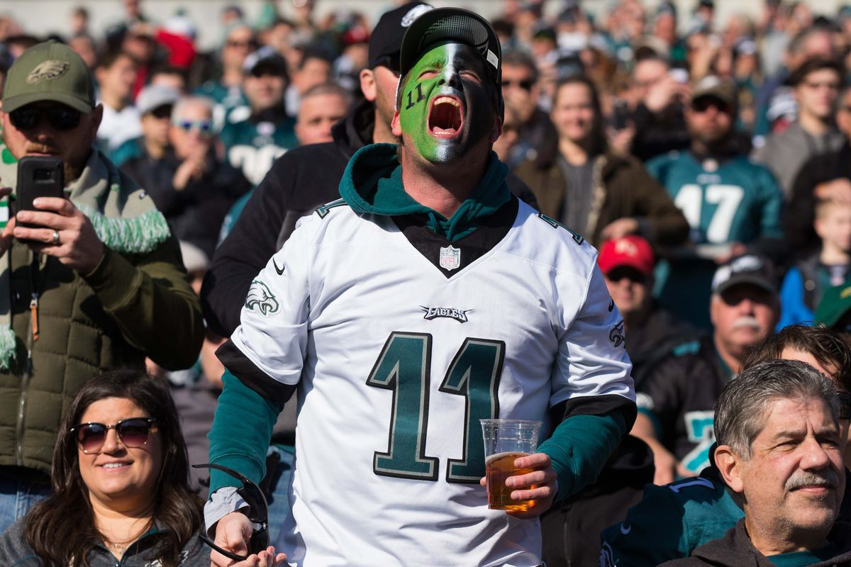newest 451a1 1d002 Cyber Monday deals for Eagles fans - Bleeding Green Nation