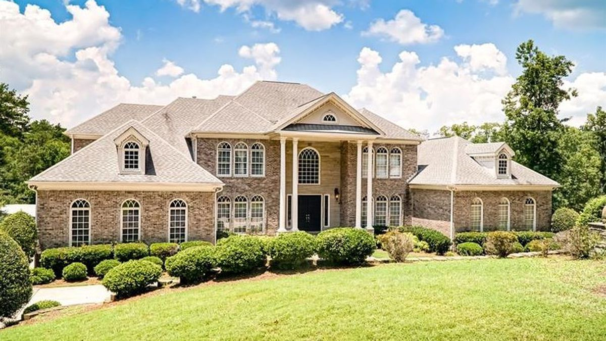 Used crib for sale atlanta - Jamie Foxx Terrell Owens R Kelly All Once Lived In This Suburban Atl Palace Now Priced At 2m