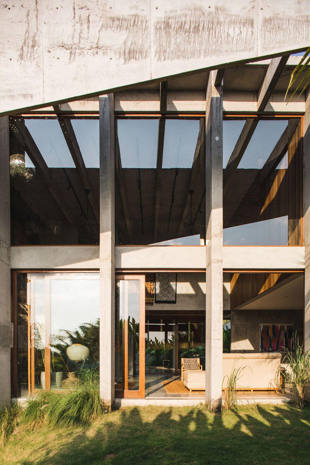 House with big glass windows