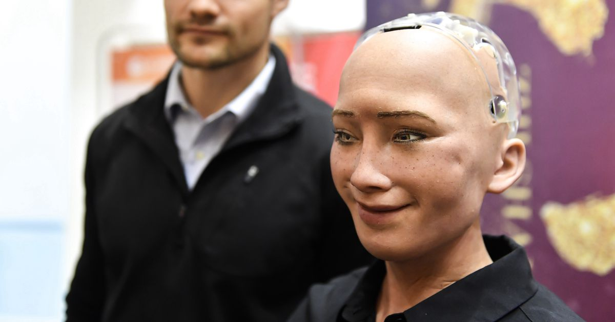 Facebook's head of AI really hates Sophia the robot (and with good reason)